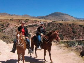 Paseo en Caballo alrededor de Cusco 1/2D